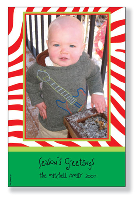<b>Sale - Only 78 Left!</b><br><br>Holiday photo cards accommodate 4&quot;x6&quot; or 3.5&quot;x5&quot; vertical photos. Available either blank or personalized. White envelopes are included. <br><p><b>PLEASE NOTE, THIS IS A FLAT CARD THAT DOES NOT OPEN AND HAS LIMITED SPACE FOR GREETING AND PERSONALIZATION.